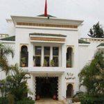 الداخلية تهدد جماعة مراكش بحجز ساحات وطرق وحدائق عمومية ومشاريع ملكية