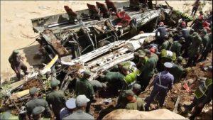 فاجعة الرشيدية ضحايا ومفقودين في كارثة انقلاب حافلة للركاب بوادي الدرمشان