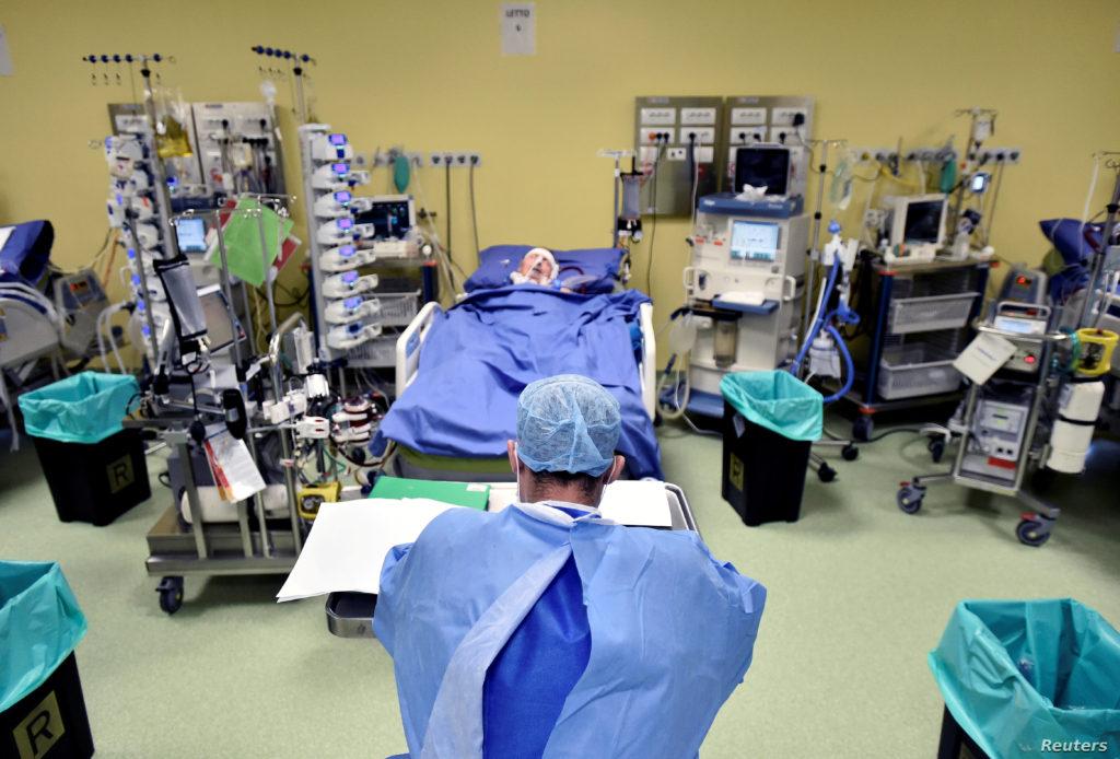إيطاليا تعلن عن تسجيل أول حالات الشفاء من كورونا عبر علاج البلازما